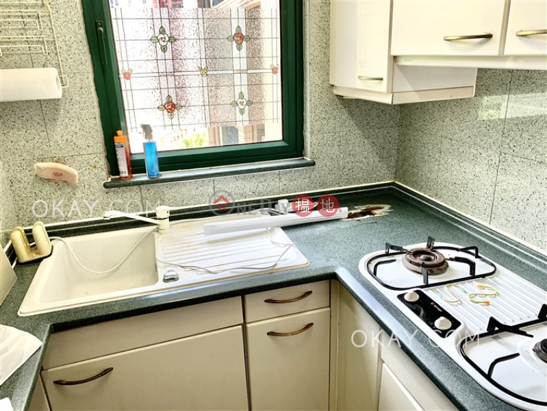 Lovely 1 bedroom in Pokfulam | For Sale, University Heights Block 2 翰林軒2座 Sales Listings | Western District (OKAY-S124763)