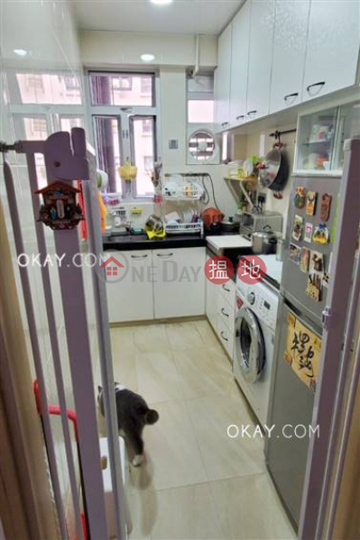 HK$ 16.9M Rhine Court | Western District, Efficient 3 bedroom on high floor with parking | For Sale