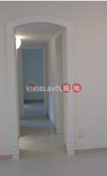 HK$ 40,000/ month Tycoon Court, Western District 3 Bedroom Family Flat for Rent in Mid Levels West