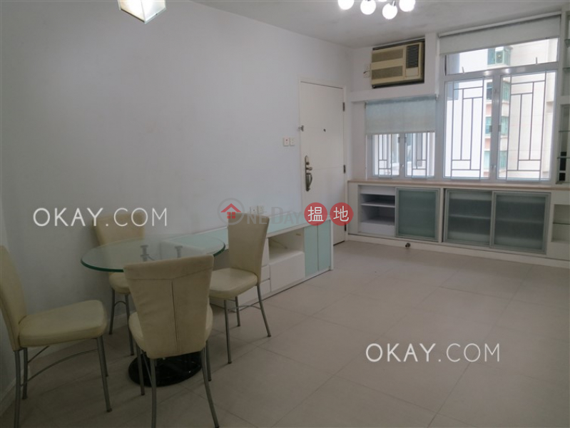 Charming 2 bedroom with parking | Rental, Robinson Crest 賓士花園 Rental Listings | Western District (OKAY-R40248)