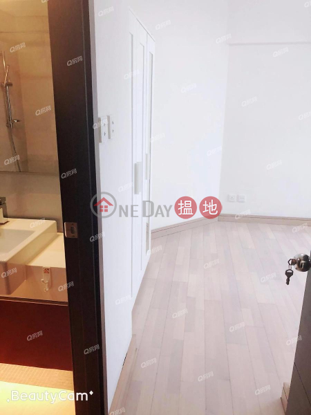 Property Search Hong Kong | OneDay | Residential | Rental Listings Tower 5 Grand Promenade | 3 bedroom High Floor Flat for Rent