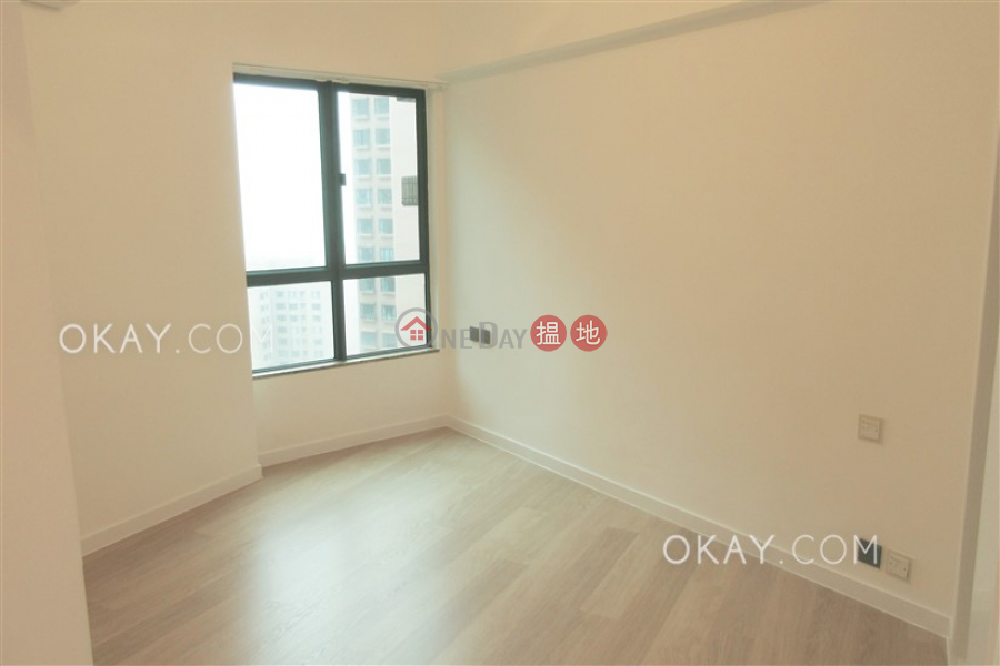 HK$ 42,000/ month, Hillsborough Court Central District | Unique 2 bedroom with parking | Rental