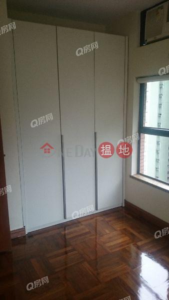 HK$ 30,000/ month, Primrose Court Western District, Primrose Court   2 bedroom High Floor Flat for Rent