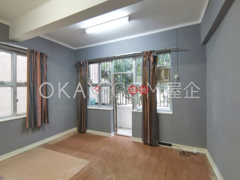 Nicely kept 3 bedroom with balcony | Rental | 49B-49C Robinson Road 羅便臣道49B-49C號 Rental Listings