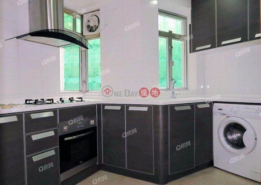 HK$ 31,000/ month Jing Tai Garden Mansion Central District, Jing Tai Garden Mansion | 2 bedroom High Floor Flat for Rent