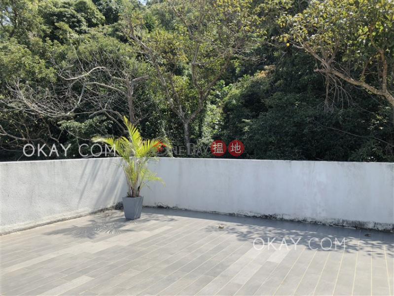 Charming house on high floor with rooftop & balcony | Rental | Mau Po Village 茅莆村 Rental Listings