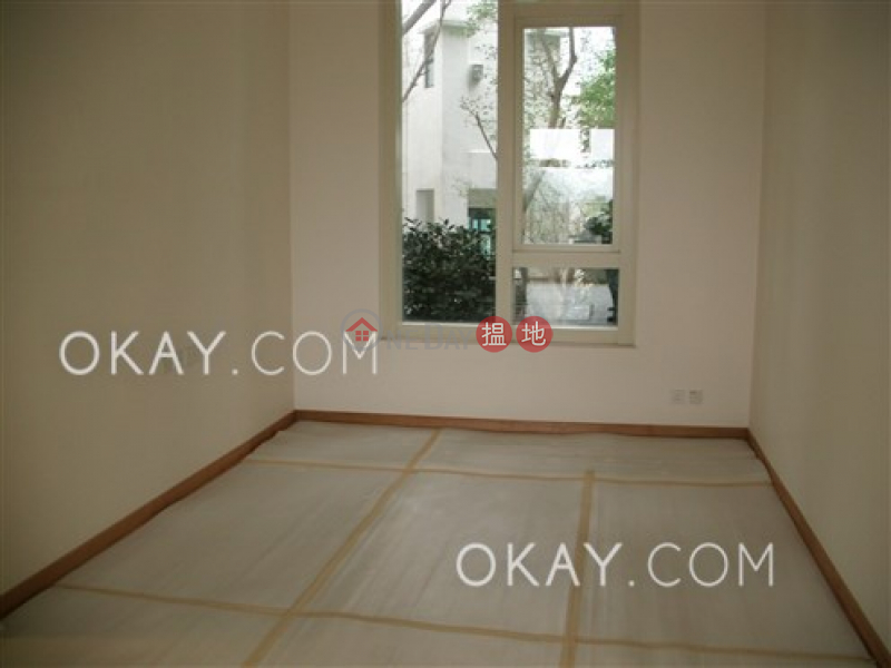 Lovely house with rooftop, terrace & balcony | Rental | 32 Stanley Village Road 赤柱村道32號 Rental Listings