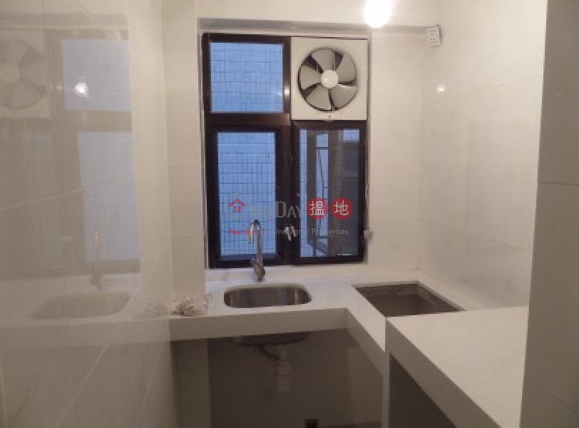 Newly Renovated 350 sqfts with 2 Bedrooms | Lucky Court, Block A 福安閣 A座 Rental Listings