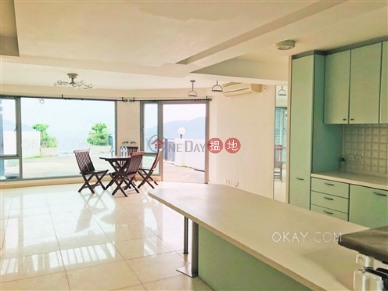 Gorgeous house with rooftop & parking | Rental | Silver Fountain Terrace House 銀泉臺座 Rental Listings