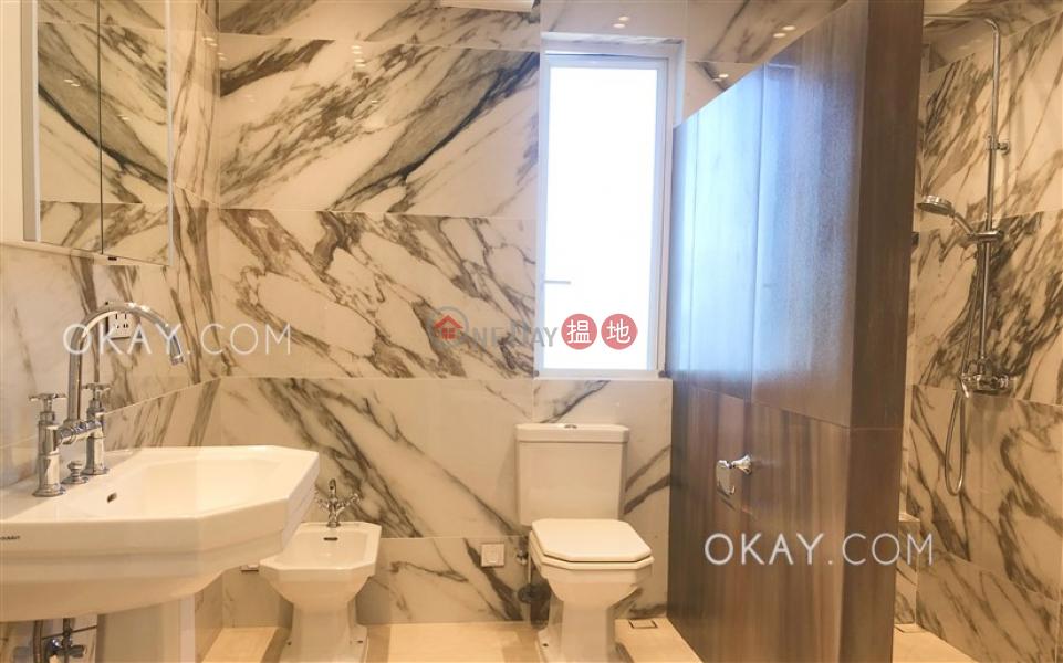 HK$ 90,000/ month, Block 45-48 Baguio Villa, Western District Efficient 3 bed on high floor with sea views & balcony | Rental