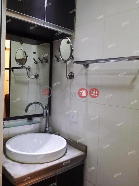 (Flat 01 - 12) Tai On Building | 2 bedroom Mid Floor Flat for Sale | (Flat 01 - 12) Tai On Building 太安樓 (01 - 12 室) Sales Listings