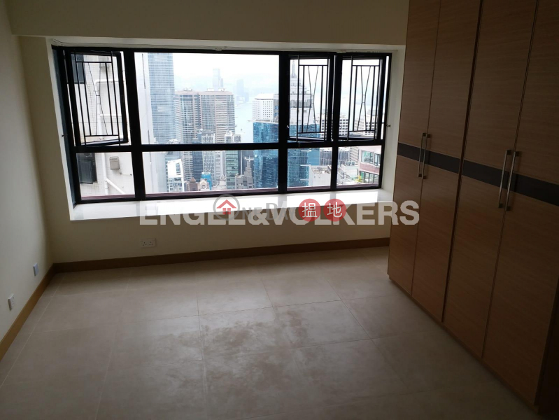 3 Bedroom Family Flat for Rent in Mid Levels West, 10 Robinson Road | Western District | Hong Kong, Rental HK$ 53,000/ month