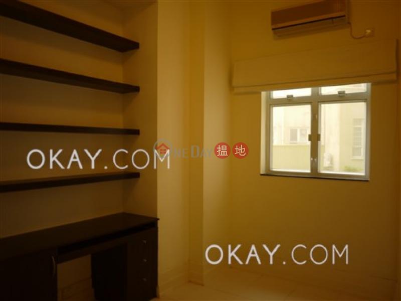 Luxurious 3 bedroom in The Peak   Rental, La Hacienda La Hacienda Rental Listings   Central District (OKAY-R12678)