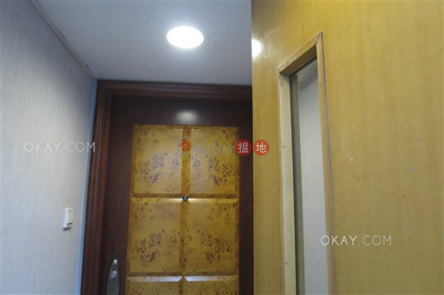 14-15 Wo On Lane, Middle, Residential, Rental Listings, HK$ 27,000/ month