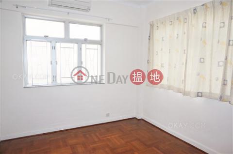 Popular 2 bedroom with parking | Rental|Wan Chai DistrictRoyal Villa(Royal Villa)Rental Listings (OKAY-R61060)_0
