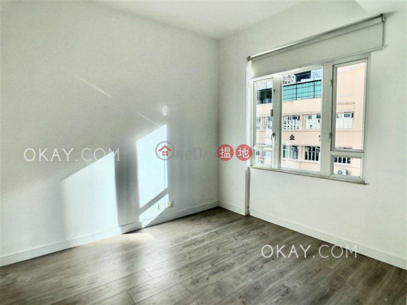 Luxurious 2 bedroom with balcony | For Sale | Riverain Valley 御駿居 Sales Listings