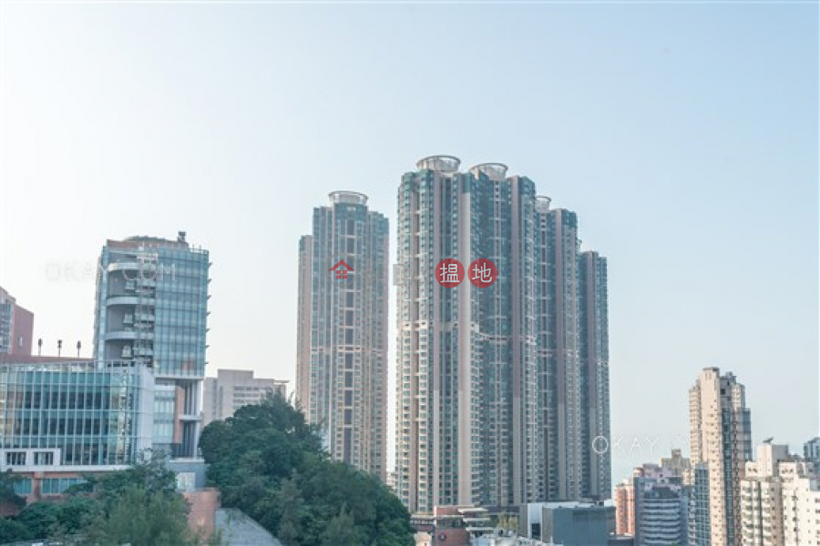 Unique 2 bedroom with sea views | For Sale | The Belcher\'s Phase 2 Tower 8 寶翠園2期8座 Sales Listings