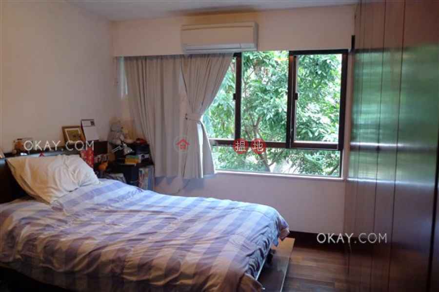 Beautiful 3 bedroom with parking | For Sale | 43 Stanley Village Road 赤柱村道43號 Sales Listings
