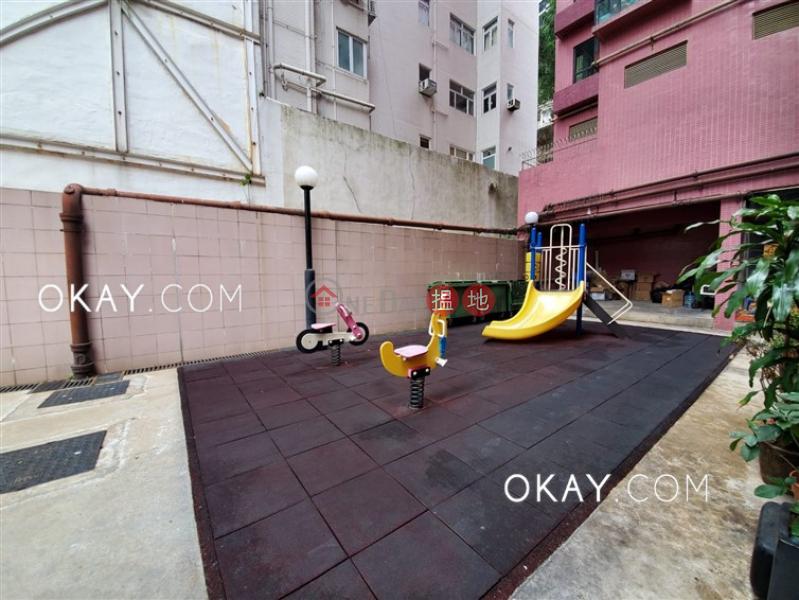 HK$ 26,000/ 月 御景臺 西區 2房1廁《御景臺出租單位》