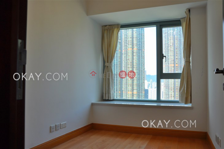HK$ 55,000/ month | The Harbourside Tower 3 | Yau Tsim Mong, Nicely kept 3 bedroom with balcony | Rental