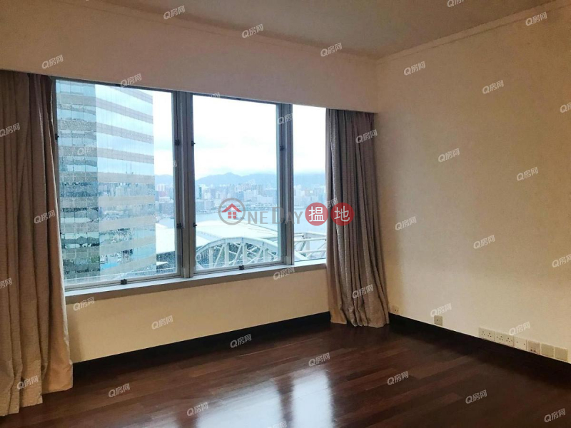 Convention Plaza Apartments | 2 bedroom Mid Floor Flat for Rent | Convention Plaza Apartments 會展中心會景閣 Rental Listings