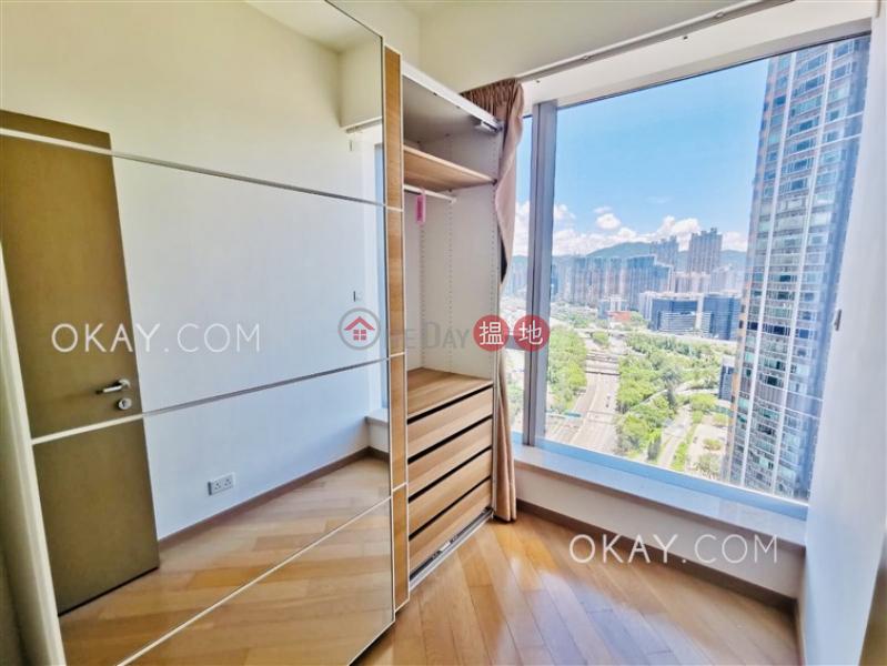 Tasteful 3 bedroom in Kowloon Station | Rental | The Cullinan Tower 21 Zone 2 (Luna Sky) 天璽21座2區(月鑽) Rental Listings
