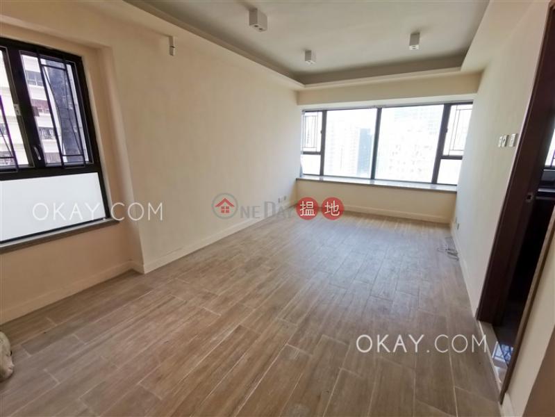 3房2廁《翰庭軒出售單位》 中區翰庭軒(Honor Villa)出售樓盤 (OKAY-S64407)