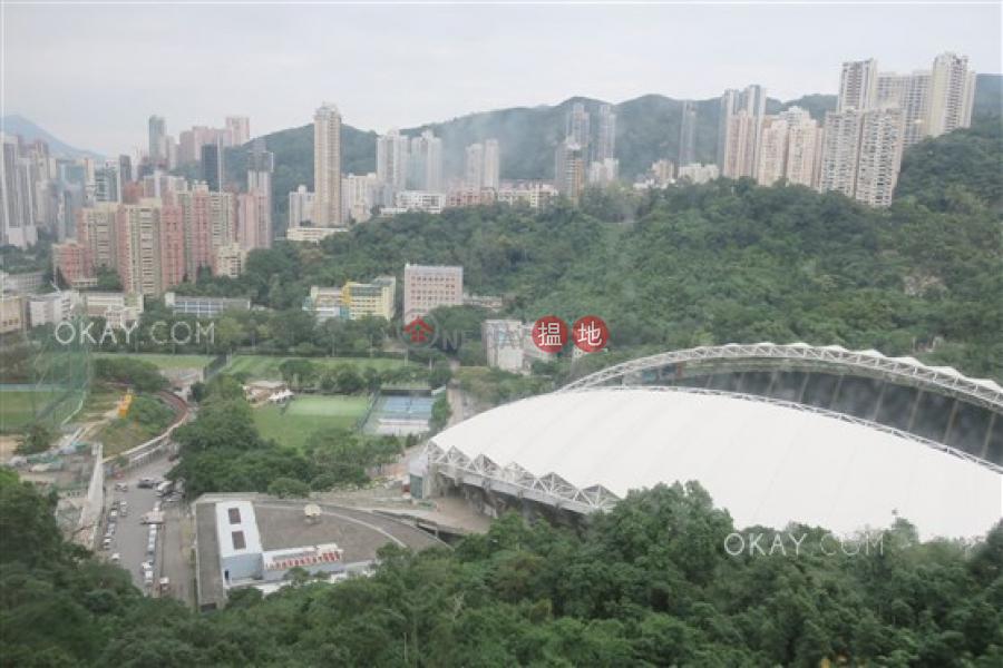 香港搵樓|租樓|二手盤|買樓| 搵地 | 住宅出租樓盤3房2廁,實用率高,連車位《樂翠台出租單位》