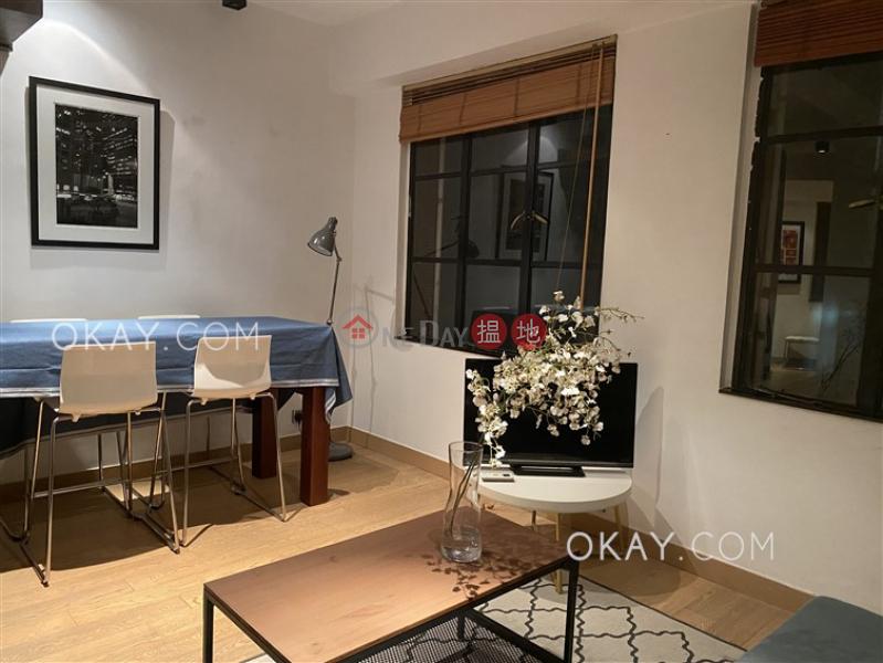HK$ 25,000/ 月美輪樓中區-1房1廁《美輪樓出租單位》