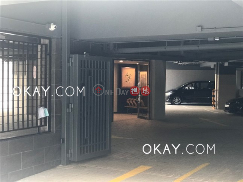 HK$ 55,000/ month, C.C. Lodge Wan Chai District, Lovely 3 bedroom with parking | Rental
