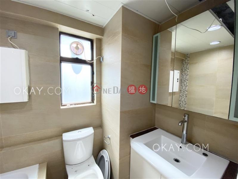 3房2廁,實用率高,極高層,露台《信怡閣出租單位》|信怡閣(Seymour Place)出租樓盤 (OKAY-R42590)