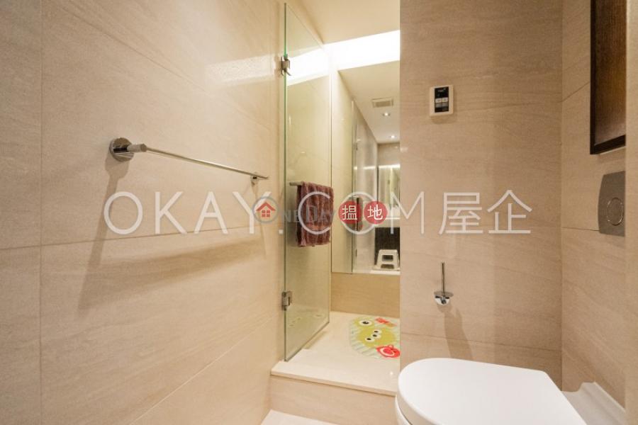 3房2廁,實用率高,露台峰景出售單位|峰景(Hong Villa)出售樓盤 (OKAY-S33312)