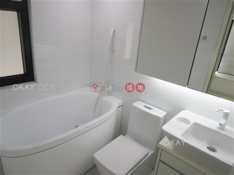 Popular 2 bedroom in Mid-levels West   Rental   Vantage Park 慧豪閣 Rental Listings