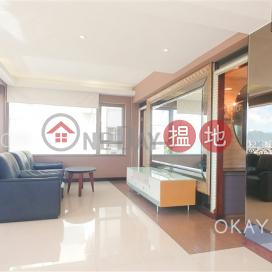 Gorgeous 2 bedroom with sea views & balcony | Rental