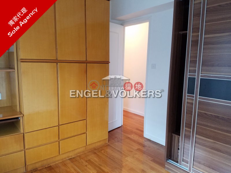 3 Bedroom Family Flat for Sale in Mid Levels West 70 Robinson Road | Western District Hong Kong, Sales HK$ 25.5M