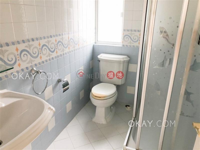4房2廁,實用率高,連車位,露台《玫瑰新邨出租單位》|玫瑰新邨(Villa Monte Rosa)出租樓盤 (OKAY-R37216)