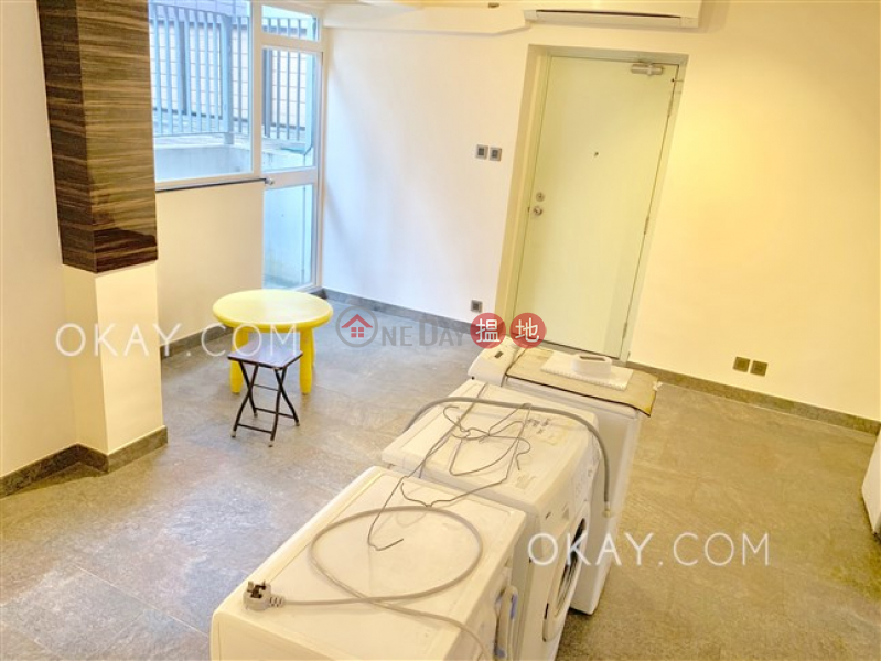 HK$ 36,000/ month, Bonanza Court Western District, Popular 3 bedroom with terrace   Rental