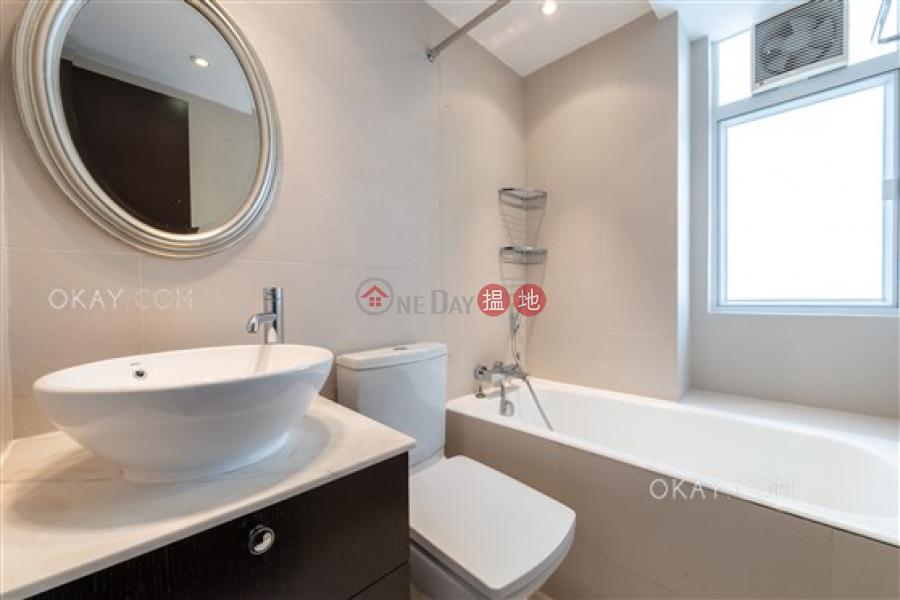 Efficient 3 bedroom on high floor with parking | Rental | Wing Hong Mansion 永康大廈 Rental Listings