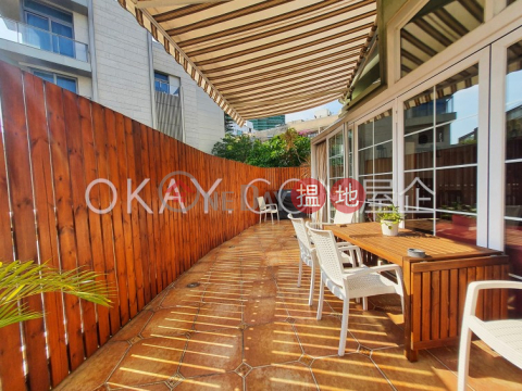 Luxurious 3 bedroom with terrace & parking | Rental|Albany Court(Albany Court)Rental Listings (OKAY-R15078)_0