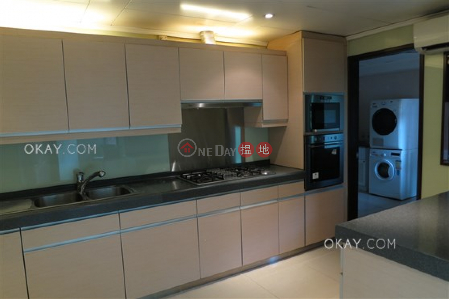 Gorgeous 4 bedroom with parking | Rental, Dynasty Court 帝景園 Rental Listings | Central District (OKAY-R10037)
