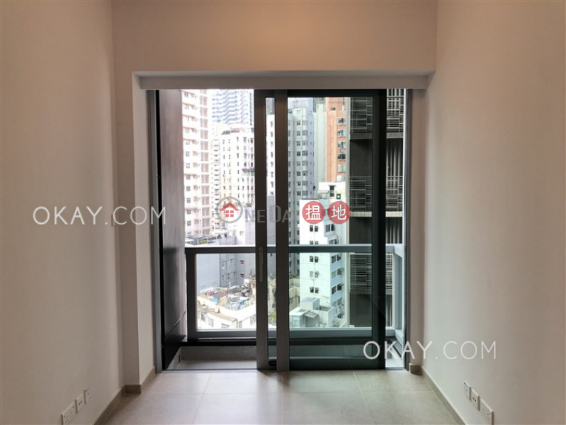 HK$ 26,500/ month, Resiglow Pokfulam, Western District, Tasteful 1 bedroom with balcony | Rental