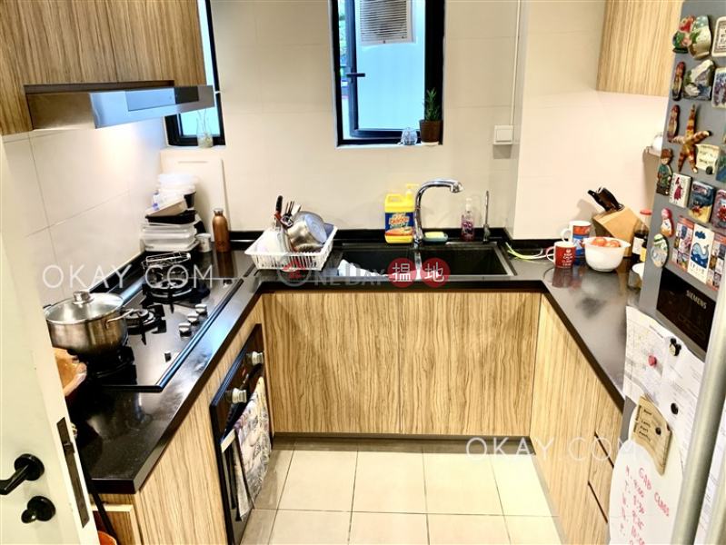 Efficient 3 bedroom with parking | Rental, 21-23A Kennedy Road | Wan Chai District | Hong Kong Rental HK$ 65,000/ month