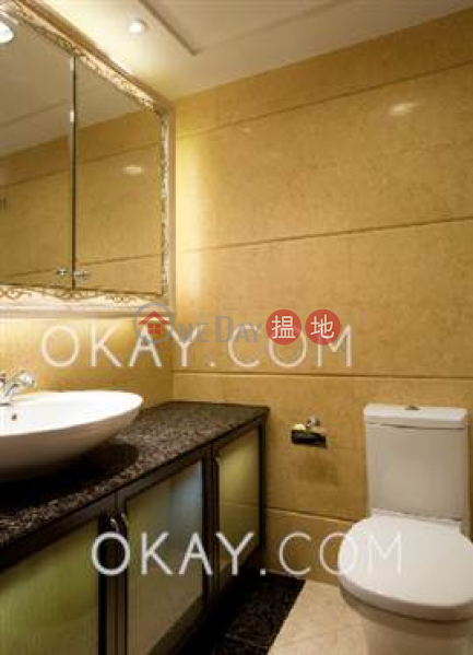 HK$ 48,000/ month The Arch Sky Tower (Tower 1) | Yau Tsim Mong Luxurious 3 bedroom on high floor | Rental
