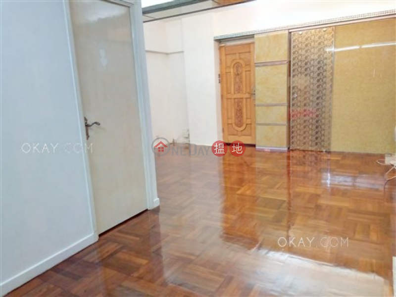 HK$ 9.18M 21-23 Sing Woo Road Wan Chai District Popular 3 bedroom with balcony | For Sale