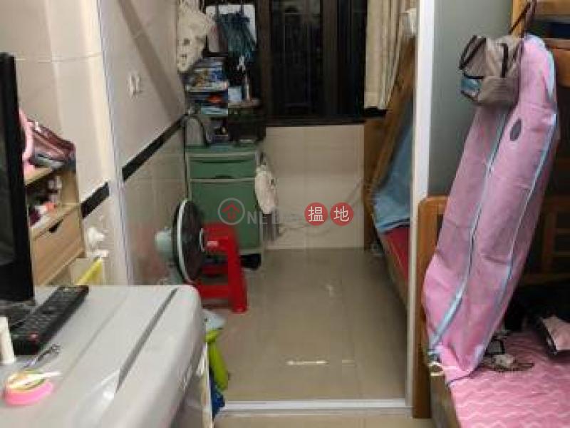 葵涌單幢已分間2間 連租約售 有升降機 已大維修212和宜合道 | 葵青|香港-出售-HK$ 400萬