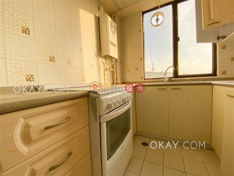 HK$ 48,000/ 月南灣大廈|南區|2房2廁,連車位,露台《南灣大廈出租單位》