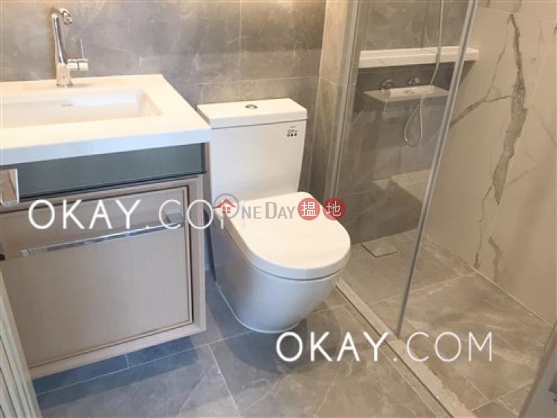 1房1廁,極高層,可養寵物,露台《RESIGLOW薄扶林出租單位》|RESIGLOW薄扶林(Resiglow Pokfulam)出租樓盤 (OKAY-R378638)