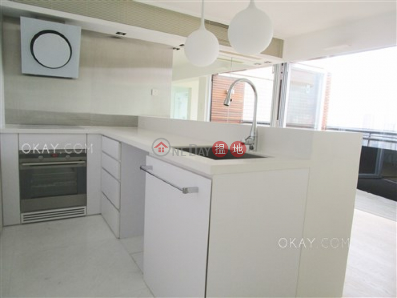 HK$ 16M | Greencliff | Wan Chai District, Popular 1 bed on high floor with racecourse views | For Sale