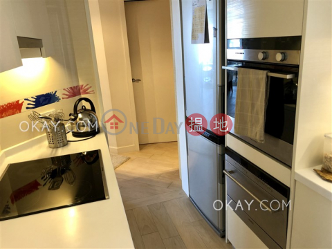 Tasteful 2 bedroom with sea views | For Sale|Discovery Bay, Phase 5 Greenvale Village, Greenmont Court (Block 8)(Discovery Bay, Phase 5 Greenvale Village, Greenmont Court (Block 8))Sales Listings (OKAY-S298244)_0