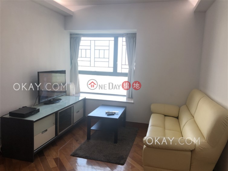 Property Search Hong Kong | OneDay | Residential Sales Listings | Generous 2 bedroom in Lai Chi Kok | For Sale